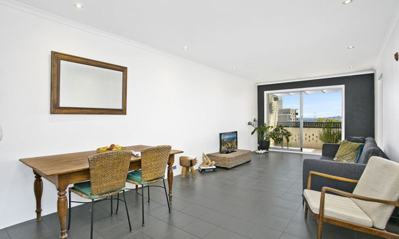 http://assets.boxdice.com.au/oz_combined_realty/rental_listings/22/d21d35c1.jpg?crop=800x480