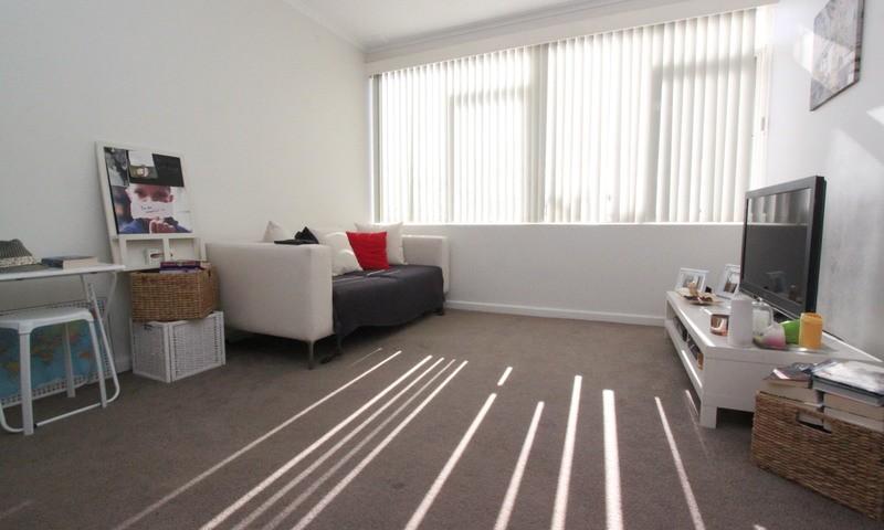 http://assets.boxdice.com.au/pride/rental_listings/123/MAIN.1507070102.jpg?crop=800x480