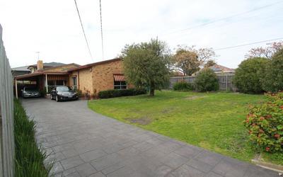 http://assets.boxdice.com.au/pride/rental_listings/133/MAIN.1507555616.jpg?crop=400x250