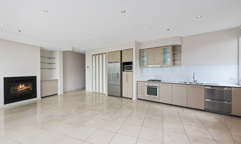 http://assets.boxdice.com.au/pride/rental_listings/2717/ed4a9563.jpg?crop=800x480
