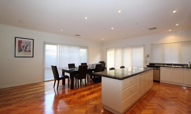 http://assets.boxdice.com.au/pride/rental_listings/2726/00cdb428.jpg?crop=800x480