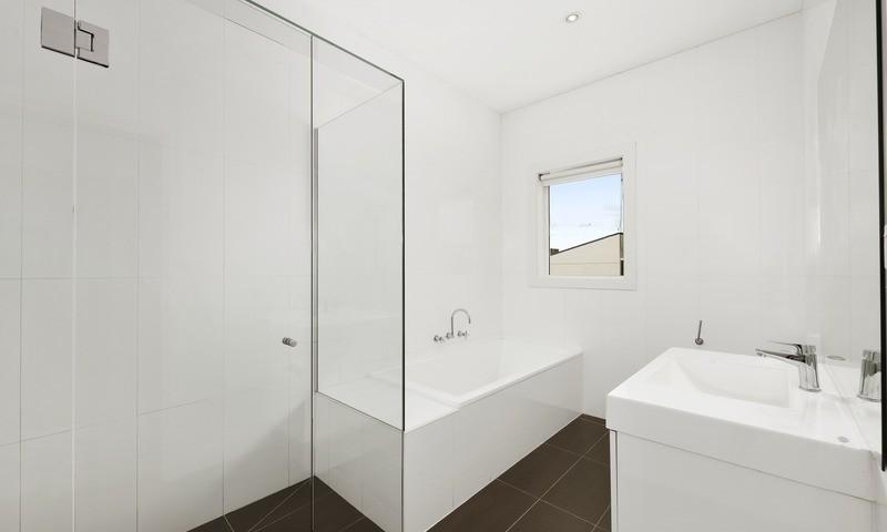 http://assets.boxdice.com.au/pride/rental_listings/2727/3522a4f2.jpg?crop=800x480