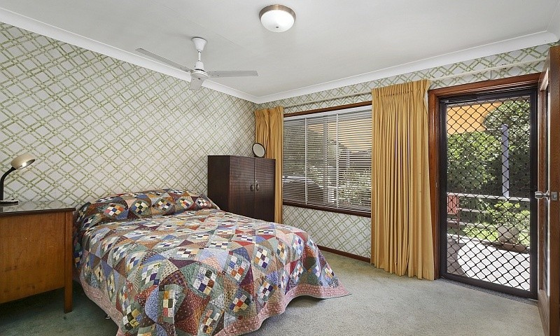 http://assets.boxdice.com.au/residential_hq_central_coast/listings/128/dfeb70df.jpg?crop=800x480
