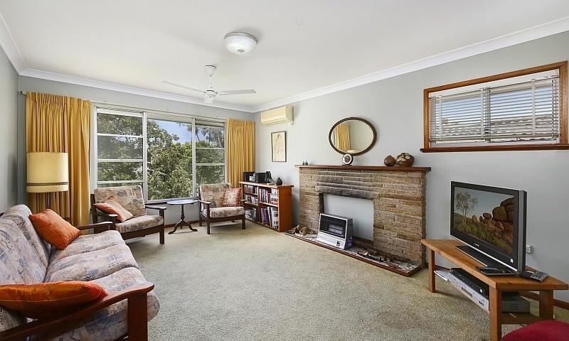 http://assets.boxdice.com.au/residential_hq_central_coast/listings/128/e09e300e.jpg?crop=800x480