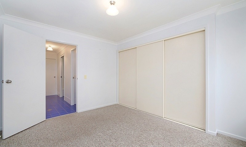 http://assets.boxdice.com.au/residential_hq_central_coast/listings/154/ad024232.jpg?crop=800x480