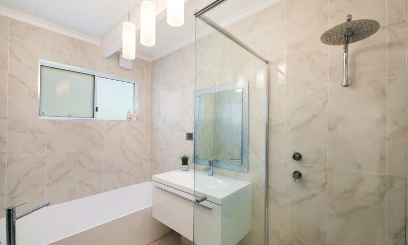 http://assets.boxdice.com.au/residential_hq_central_coast/listings/157/8f5b3ab3.jpg?crop=800x480