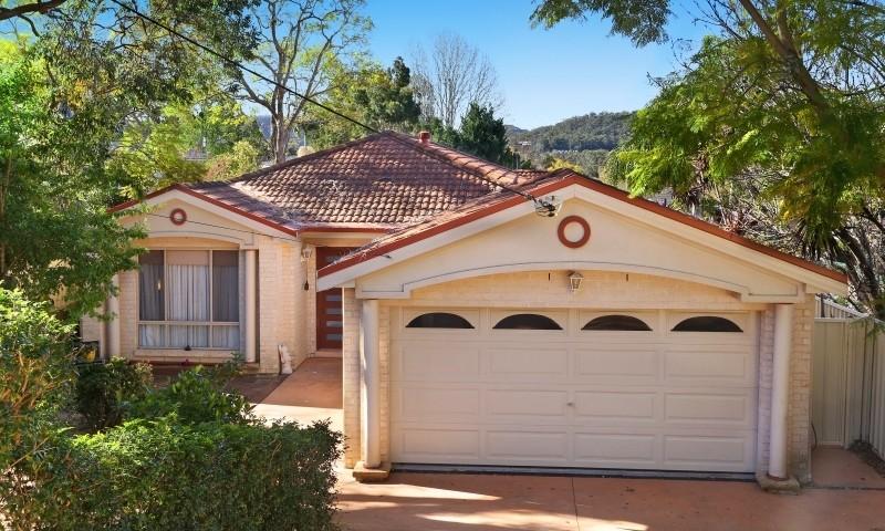 http://assets.boxdice.com.au/residential_hq_central_coast/listings/161/c309754c.jpg?crop=800x480