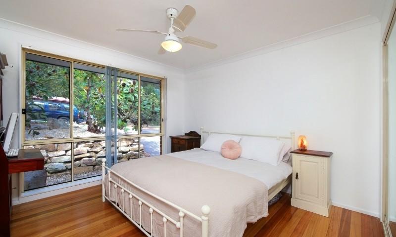 http://assets.boxdice.com.au/residential_hq_central_coast/listings/162/97517a72.jpg?crop=800x480