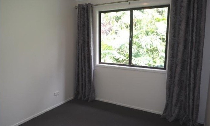 http://assets.boxdice.com.au/residential_hq_central_coast/rental_listings/4/c6953a50.jpg?crop=800x480