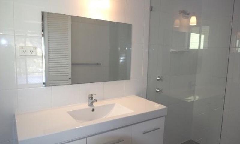 http://assets.boxdice.com.au/residential_hq_central_coast/rental_listings/4/edda5f70.jpg?crop=800x480