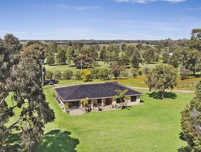 25 Burma Road, TOCUMWAL Rural Other