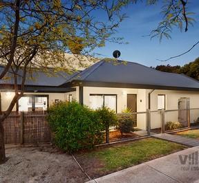 http://assets.boxdice.com.au/village_real_estate/listings/2358/303c4cd2.jpg?crop=288x266