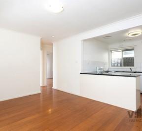 http://assets.boxdice.com.au/village_real_estate/rental_listings/547/4d04e5c5.jpg?crop=288x266
