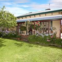http://assets.boxdice.com.au/village_real_estate/rental_listings/639/5a250fb0.jpg?crop=200x200