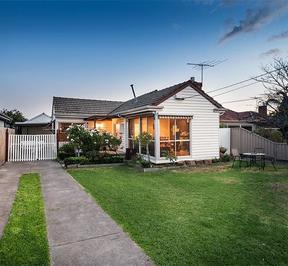 http://assets.boxdice.com.au/village_real_estate/rental_listings/645/fe8954fb.jpg?crop=288x266