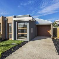 http://assets.boxdice.com.au/village_real_estate/rental_listings/647/8634fb2d.jpg?crop=200x200