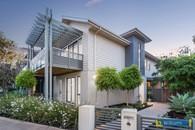 http://assets.boxdice.com.au/williams/listings/9068/b8afb098.jpg?crop=195x130
