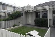 http://assets.boxdice.com.au/williams/rental_listings/2217/24f8d517.jpg?crop=195x130
