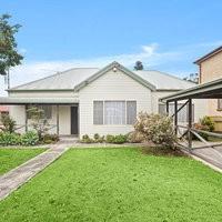 https://assets.boxdice.com.au/ae_team_property/rental_listings/100/644e55fe.jpg?crop=200x200