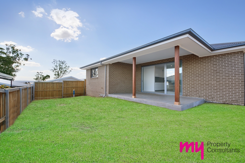 6 Brooking  Avenue, ELDERSLIE