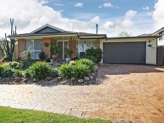 15 Darnay Place, AMBARVALE