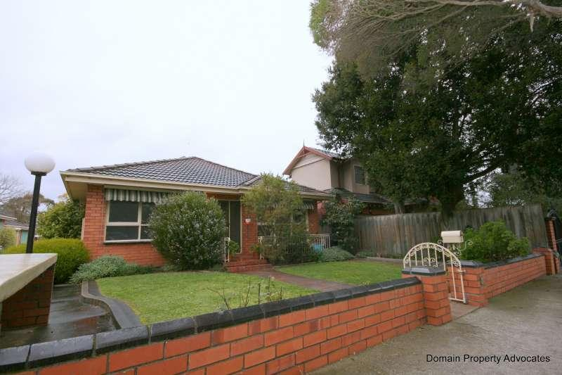 https://assets.boxdice.com.au/domainandco/attachments/968/5df/2_6_8_tollington_avenue_malvern_east_vic_3145_img9.jpg?66337dbd8f7502b5b1c508180a546198