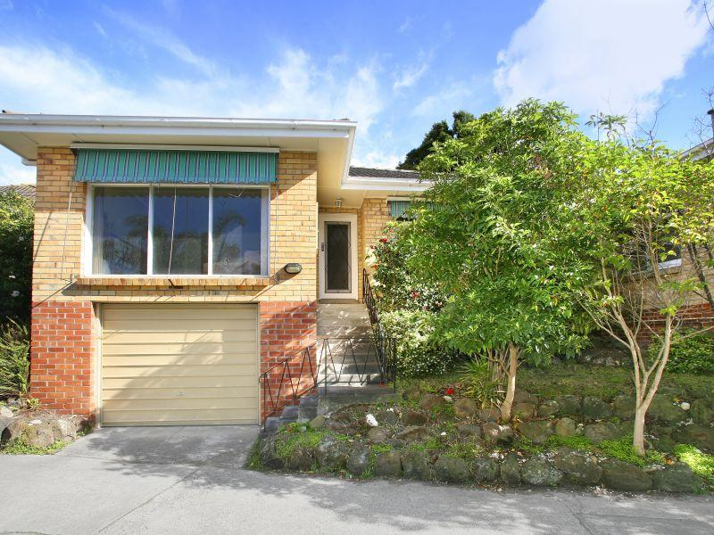 https://assets.boxdice.com.au/domainandco/attachments/f38/632/4_hillside_parade_glen_iris_vic_3146_real_estate_photo_3_large_990031.jpg?bfbe6adea979dd27fc5c4cc33a46c66c