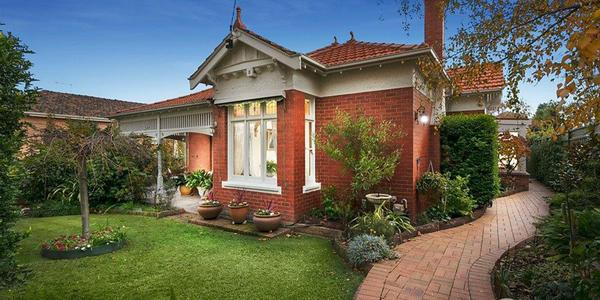 15 Laura Street, MOONEE PONDS