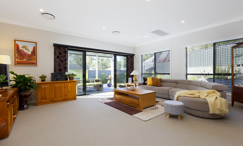 https://assets.boxdice.com.au/duncan_hill_property/listings/1360/38f99104.jpg?crop=800x480
