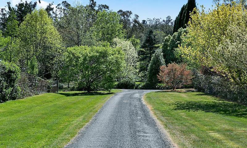 https://assets.boxdice.com.au/duncan_hill_property/listings/1574/N.1507793441.jpg?crop=800x480