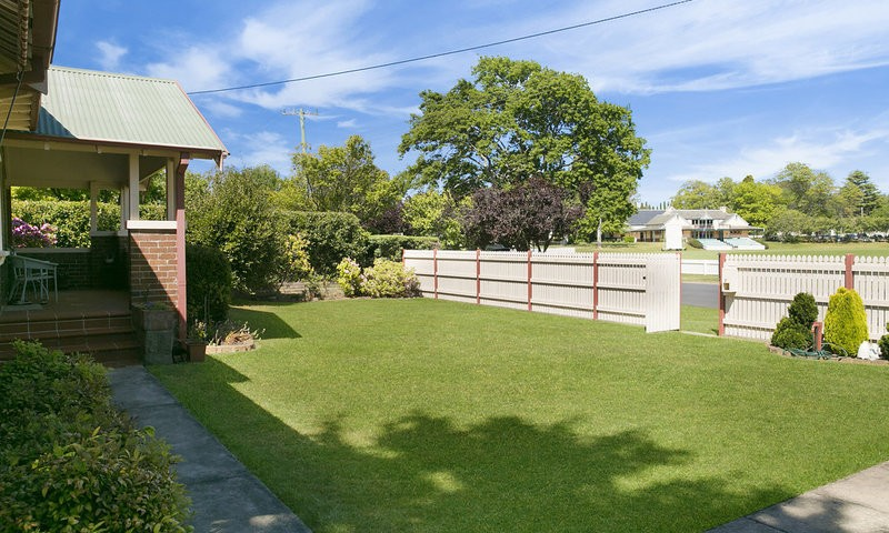 https://assets.boxdice.com.au/duncan_hill_property/listings/1577/aade6a3c.jpg?crop=800x480
