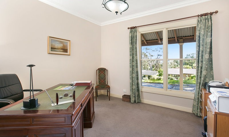https://assets.boxdice.com.au/duncan_hill_property/listings/1596/7a94a89c.jpg?crop=800x480