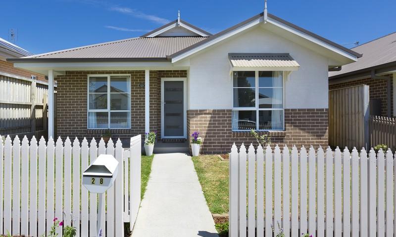 https://assets.boxdice.com.au/duncan_hill_property/listings/1718/8d313b45.jpg?crop=800x480
