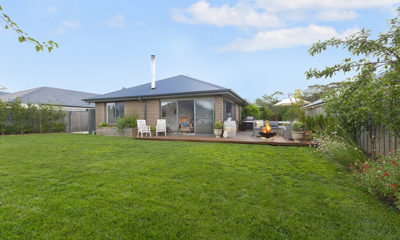 https://assets.boxdice.com.au/duncan_hill_property/listings/1803/8481f560.jpg?crop=800x480