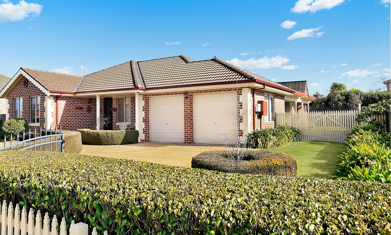 https://assets.boxdice.com.au/duncan_hill_property/listings/2014/6ddebb59.jpg?crop=800x480