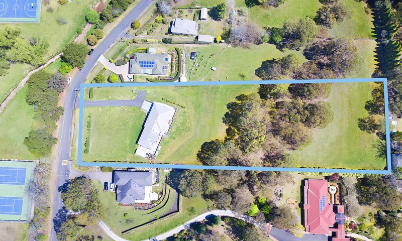 https://assets.boxdice.com.au/duncan_hill_property/listings/2195/4c216ed3.jpg?crop=800x480