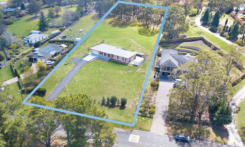 https://assets.boxdice.com.au/duncan_hill_property/listings/2195/78dbeecd.jpg?crop=800x480