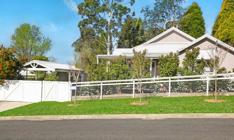 https://assets.boxdice.com.au/duncan_hill_property/listings/2240/7fe9e913.jpg?crop=800x480