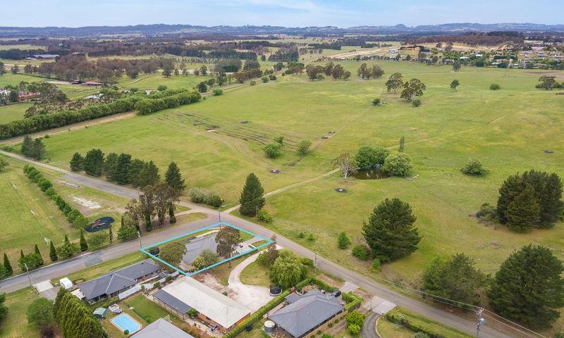 https://assets.boxdice.com.au/duncan_hill_property/listings/2278/2d2ef0d7.jpg?crop=800x480