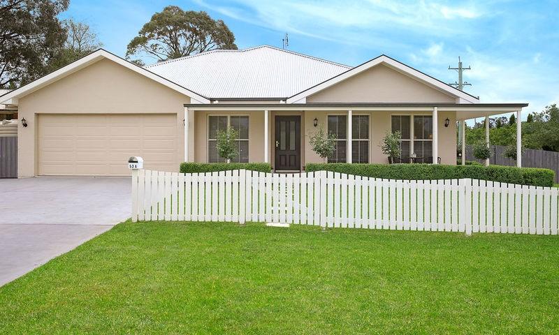 https://assets.boxdice.com.au/duncan_hill_property/listings/2278/587ee182.jpg?crop=800x480