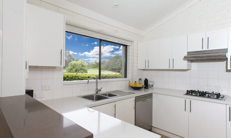 https://assets.boxdice.com.au/duncan_hill_property/listings/2310/b5ce3ae0.jpg?crop=800x480