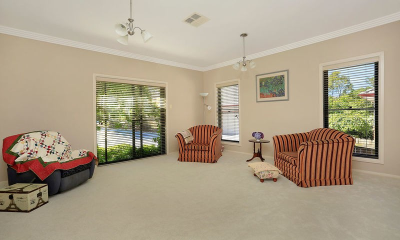 https://assets.boxdice.com.au/duncan_hill_property/listings/2361/ad3fb82e.jpg?crop=800x480