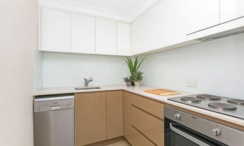 https://assets.boxdice.com.au/duncan_hill_property/listings/2362/4226a3b5.jpg?crop=800x480