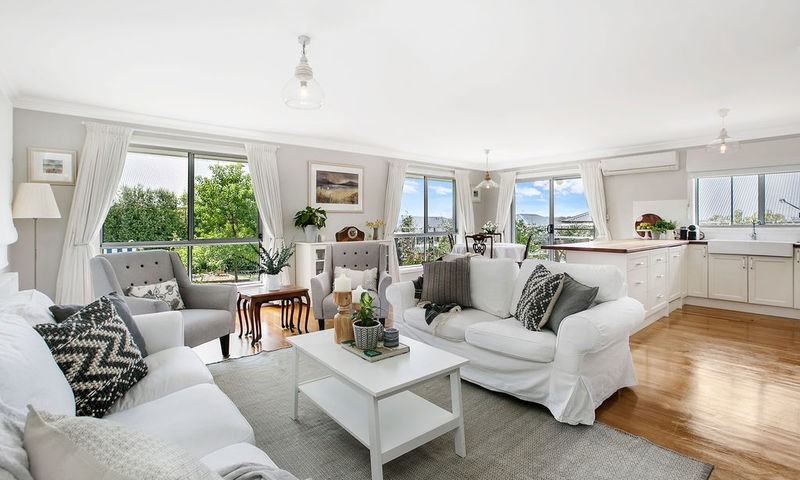 https://assets.boxdice.com.au/duncan_hill_property/listings/2412/5f811ece.jpg?crop=800x480
