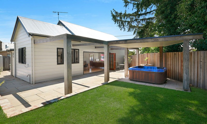 https://assets.boxdice.com.au/duncan_hill_property/listings/2417/ae09bdca.jpg?crop=800x480