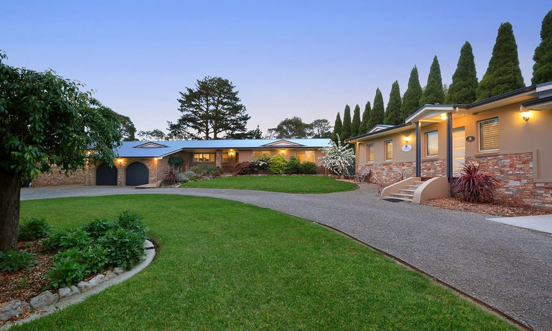 https://assets.boxdice.com.au/duncan_hill_property/listings/2427/895e6424.jpg?crop=800x480