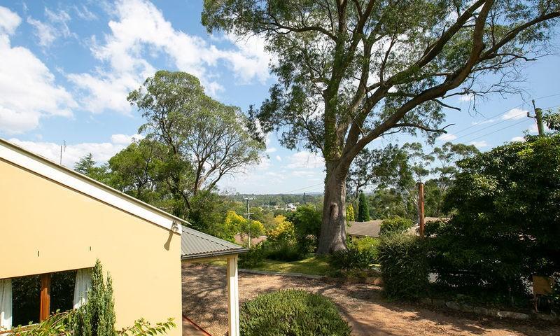 https://assets.boxdice.com.au/duncan_hill_property/listings/2508/2567074a.jpg?crop=800x480