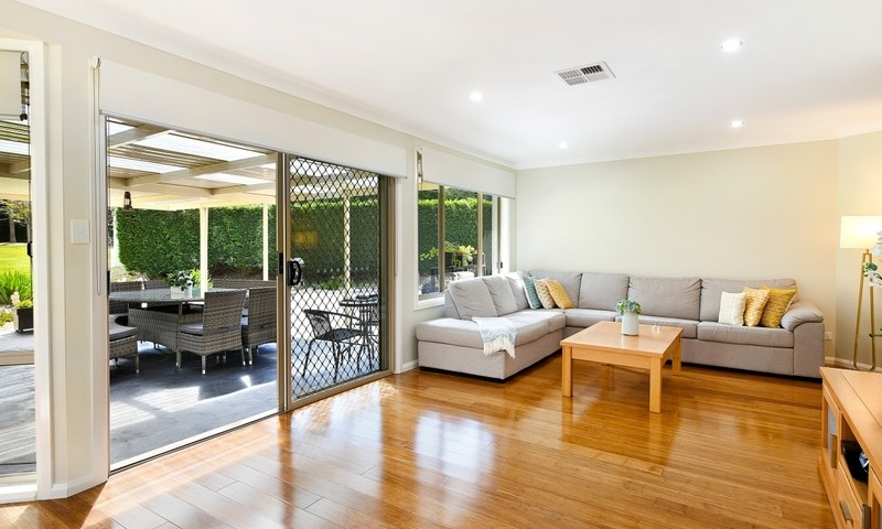 https://assets.boxdice.com.au/duncan_hill_property/listings/2582/22bbbfb8.jpg?crop=800x480
