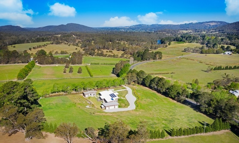https://assets.boxdice.com.au/duncan_hill_property/listings/2593/e7303dfa.jpg?crop=800x480
