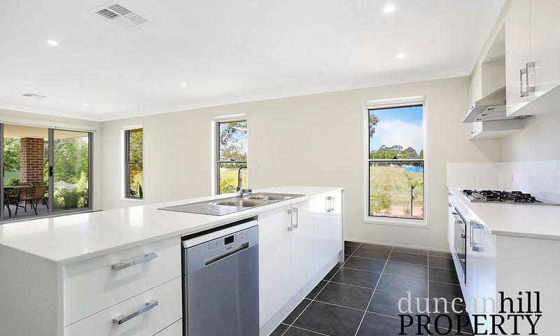 https://assets.boxdice.com.au/duncan_hill_property/listings/2669/d366a9d6.jpg?crop=800x480